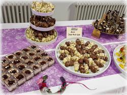Schoko-Frucht-Spieße, Biertiramisu mit Himbeeren, Zitronengras Panna cotta in der Waffel
