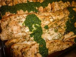 Gegrillte Forellenfilet mit Pesto